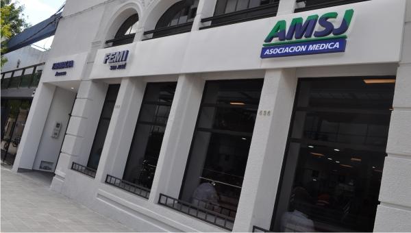 La nueva farmacia de la Asociación Médica ya está en funcionamiento para hacer más cómodo y el ágil el expendio de medicamentos