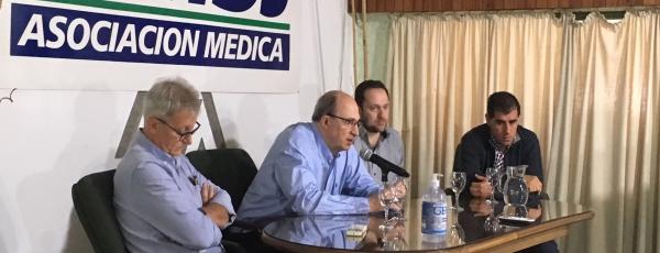 Médicos licenciados y personal de enfermería participaron de una actividad de primer nivel con el respaldo del Sanatorio Americano